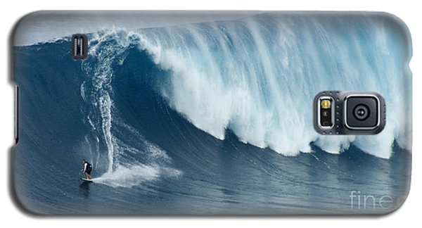 Surfing Jaws 5 Galaxy S5 Case by Bob Christopher