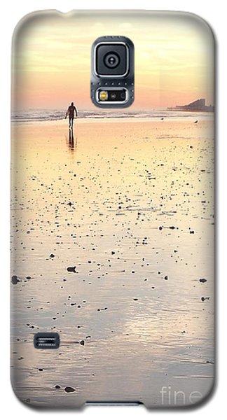 Surfing Sunset Galaxy S5 Case by Eric  Schiabor