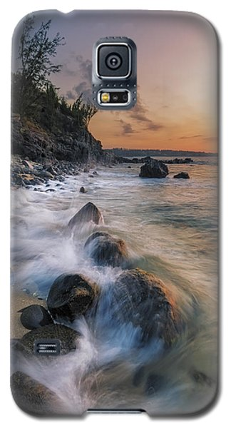 Galaxy S5 Case featuring the photograph Surging Sunset by Hawaii  Fine Art Photography