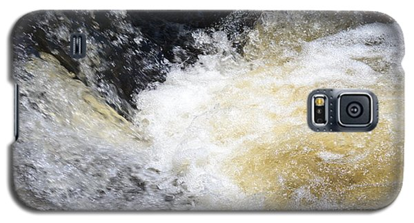 Galaxy S5 Case featuring the photograph Surging Waters by Tara Potts
