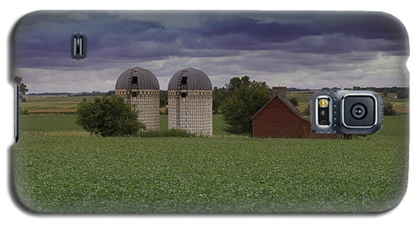 Surrounded By Fields Galaxy S5 Case by Rebecca Davis