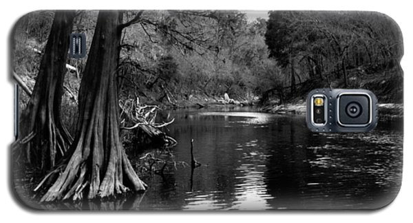 Galaxy S5 Case featuring the photograph Suwannee River Black And White by Donald Williams