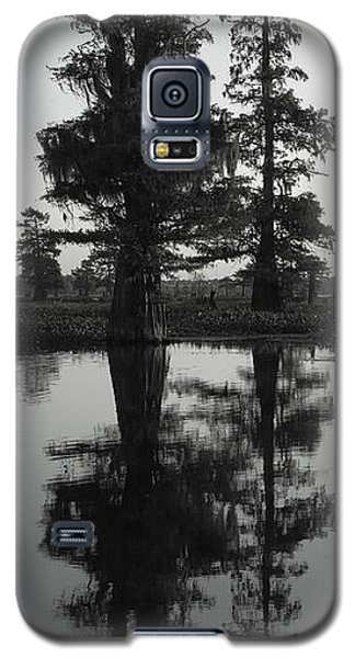 Galaxy S5 Case featuring the photograph Swamp Mirror by Silke Brubaker