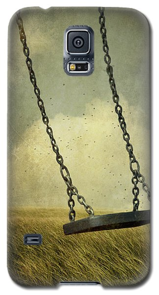 Swing In Summer Field Galaxy S5 Case