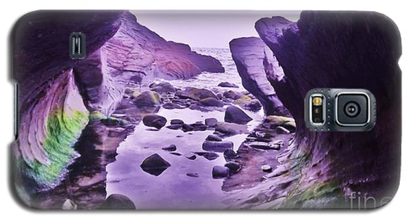 Galaxy S5 Case featuring the photograph Swirl Rocks 2 by John Williams
