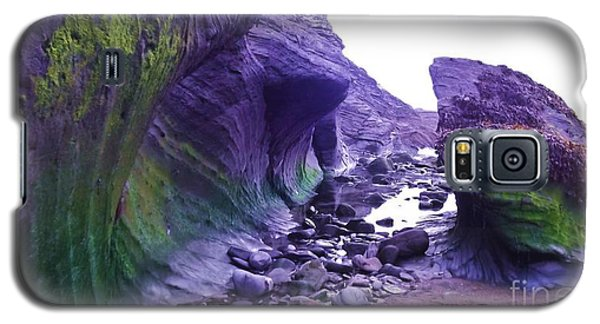 Galaxy S5 Case featuring the photograph Swirl Rocks by John Williams