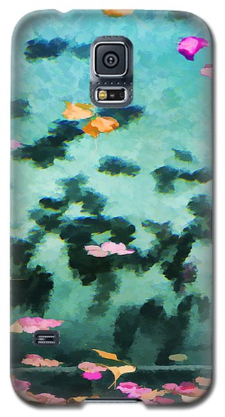 Swirling Leaves And Petals 2 Galaxy S5 Case