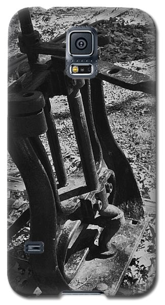 Galaxy S5 Case featuring the photograph Switching Tracks by Sara  Raber