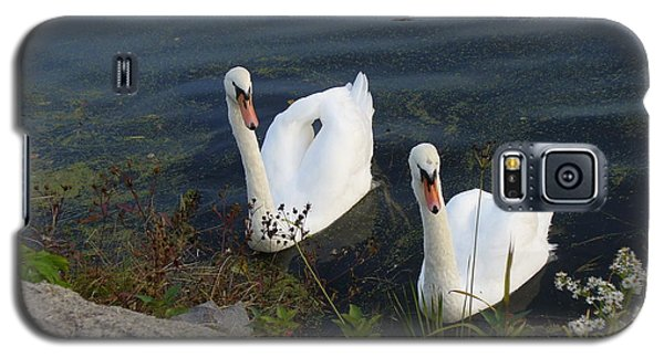 Galaxy S5 Case featuring the photograph Synchronicity by Lingfai Leung