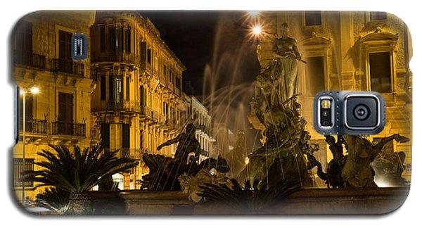 Galaxy S5 Case featuring the photograph Syracuse - Diana Fountain  by Georgia Mizuleva