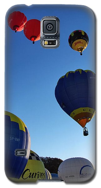 Galaxy S5 Case featuring the photograph Take Off by John Swartz