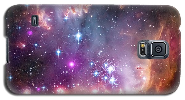 Galaxy S5 Case featuring the  Taken Under The Wing Of The Small Magellanic Cloud by Paul Fearn