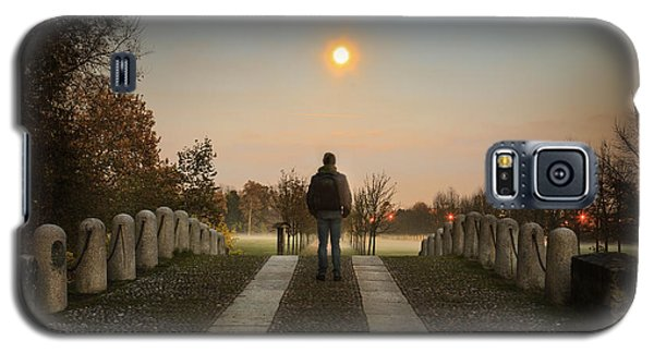 Talking To The Moon Galaxy S5 Case