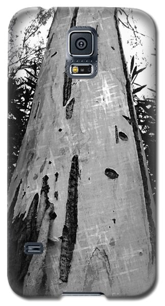 Galaxy S5 Case featuring the photograph Tall by Clare Bevan
