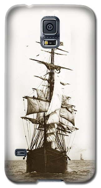 Galaxy S5 Case featuring the photograph Tall Ship Sailing Out Of San Francisco California Circa 1900 by California Views Mr Pat Hathaway Archives