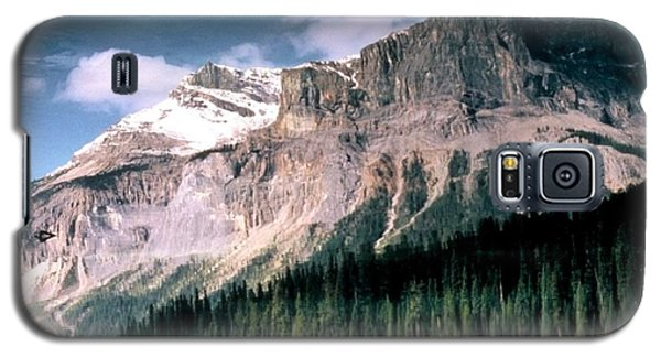 Galaxy S5 Case featuring the photograph Tranquility...emerald Lake Canada by Peggy Stokes