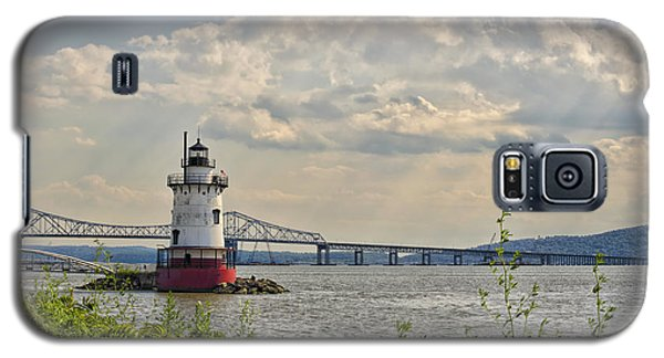 Tarrytown Lighthouse And Tappan Zee Bridge Sleepy Hollow Ny Galaxy S5 Case by Marianne Campolongo