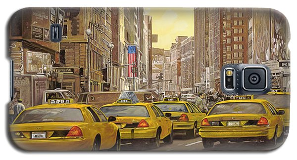 taxi a New York Galaxy S5 Case by Guido Borelli