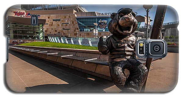 T.c. Statue And Target Field Galaxy S5 Case