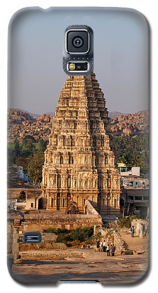 Temple At Hampi Galaxy S5 Case by Carol Ailles