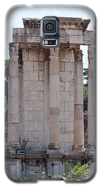 Galaxy S5 Case featuring the photograph Temple Of Vesta by Ivete Basso Photography