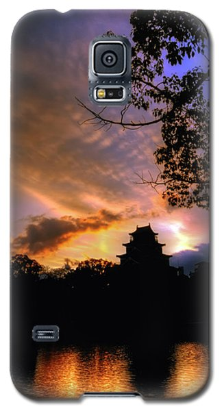 A Temple Sunset Japan Galaxy S5 Case by John Swartz