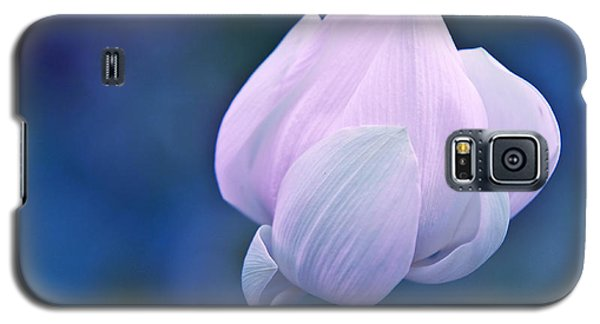 Tender Morning With Lotus Galaxy S5 Case