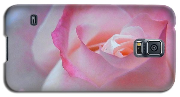 Galaxy S5 Case featuring the photograph Tenderness Of The Heart by Agnieszka Ledwon