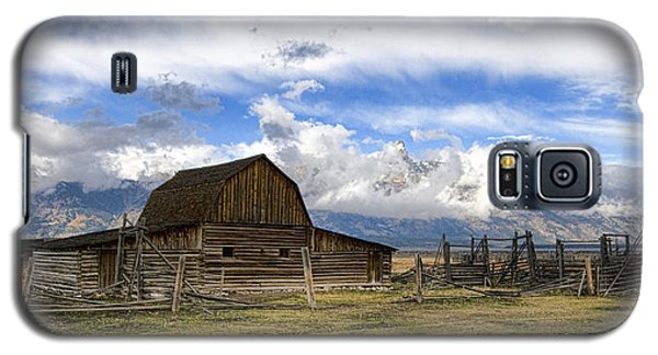 Teton Barn 2 Galaxy S5 Case