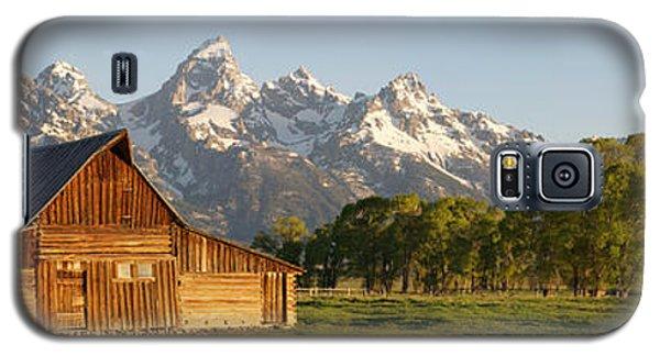 Teton Barn With Bison Galaxy S5 Case