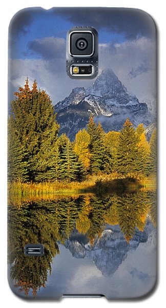 Tetons And Pond Galaxy S5 Case
