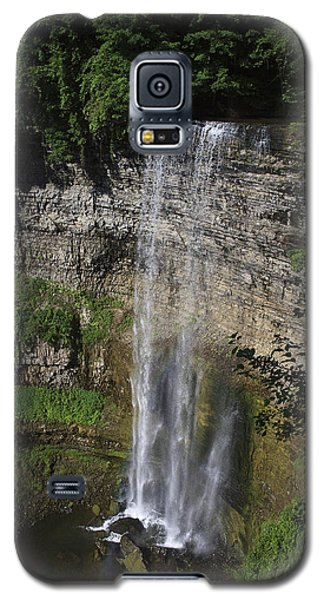 Galaxy S5 Case featuring the photograph Tews Falls by Gary Hall