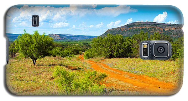 Texas Hill Country Red Dirt Road Galaxy S5 Case by Darryl Dalton