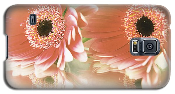 Textured Floral Artwork Galaxy S5 Case