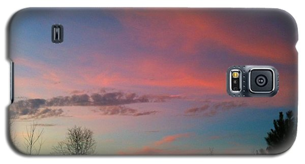 Galaxy S5 Case featuring the photograph Thankful For The Day by Linda Bailey
