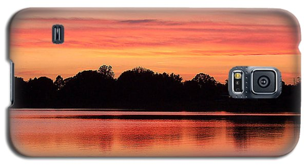 Galaxy S5 Case featuring the photograph Thanksgiving Evening 001 by Chris Mercer