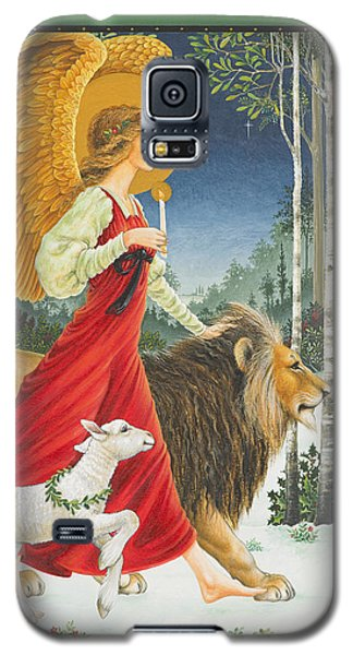 Lion Galaxy S5 Case - The Angel The Lion And The Lamb by Lynn Bywaters