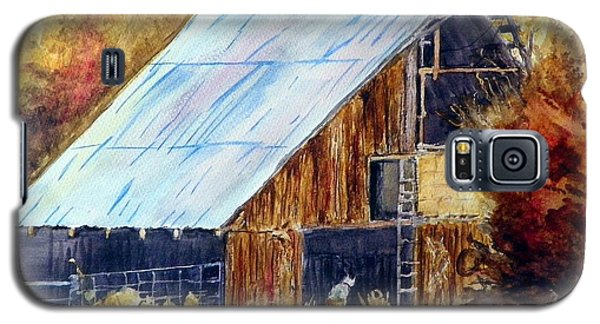 Galaxy S5 Case featuring the painting The Barn Mouser by Sherril Porter