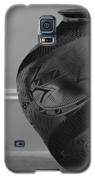 Galaxy S5 Case featuring the photograph The Black Pot by Nadalyn Larsen