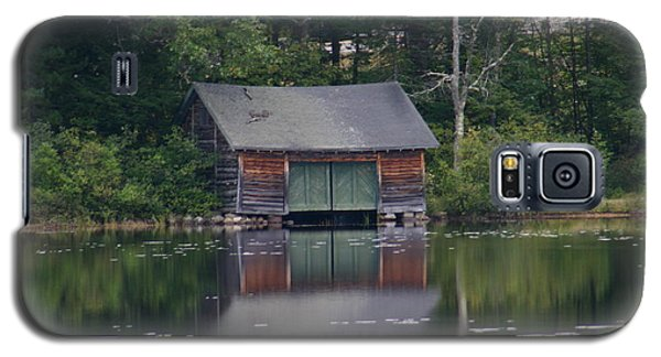 Galaxy S5 Case featuring the photograph The Boat House On Mt Chocorua Lake by Denyse Duhaime