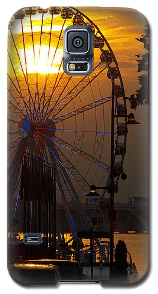Galaxy S5 Case featuring the photograph The Capital Wheel by James Granberry