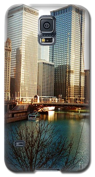 Galaxy S5 Case featuring the photograph The Chicago River From The Michigan Avenue Bridge by Mariana Costa Weldon