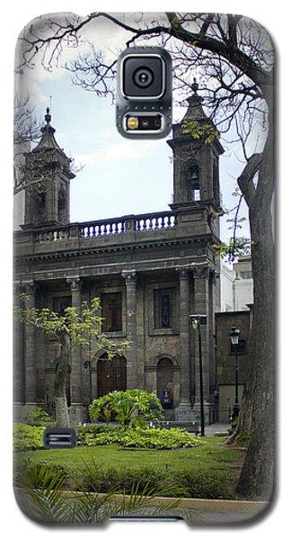 Galaxy S5 Case featuring the photograph The Church Green by Lynn Palmer
