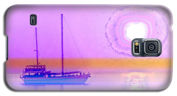 Galaxy S5 Case featuring the photograph The Drifters Dream by Holly Kempe