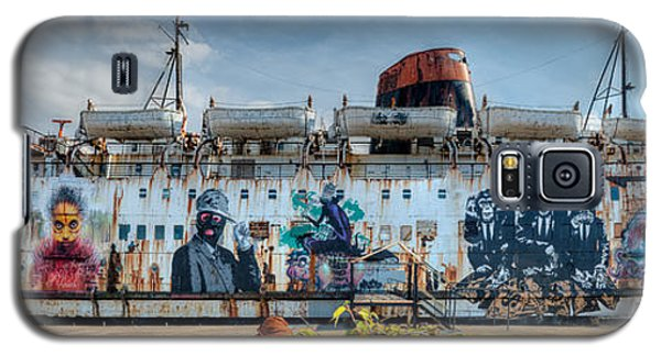 The Duke Of Graffiti Galaxy S5 Case by Adrian Evans
