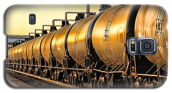 Galaxy S5 Case featuring the photograph The Ethanol Train by Bill Kesler