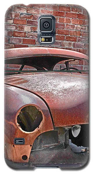 Galaxy S5 Case featuring the photograph The Fixer Upper by Lynn Sprowl