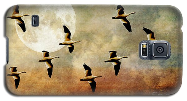 The Flight Of The Snow Geese Galaxy S5 Case