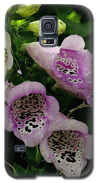 The Foxglove Galaxy S5 Case