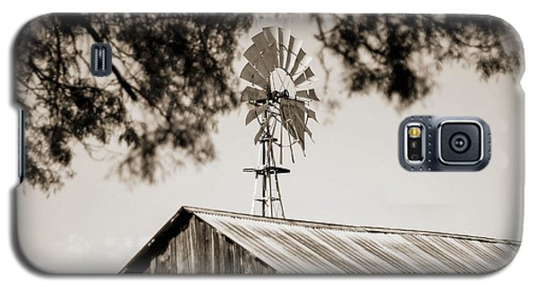 Galaxy S5 Case featuring the photograph The Framed Windmill by Amber Kresge